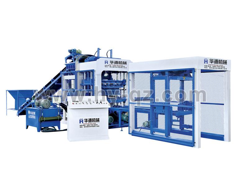 水泥制砖机搭配码垛机械手能提高码垛砖块的效率
